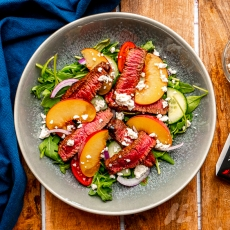 Balsamic Steak & Peach Salad