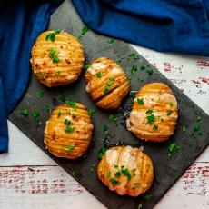 Cheesy Garlic Hasselback Potatoes