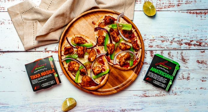 Chicken Tikka Pitta Pizza Recipe made with JD Seasonings