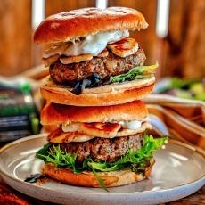 Minted Lamb & Halloumi Burgers