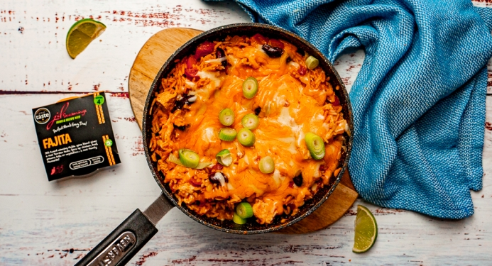 One-pot Chicken Fajita Rice Recipe made with JD Seasonings